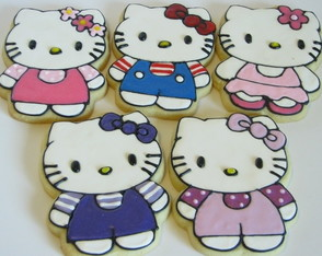 set-de-cortantes-hello-kitty-reposteria