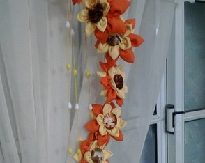 movil-flores-de-tela-decoracion