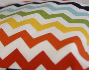 wet-bag-or-ecobag-small-waterproof-chevron-rainbow