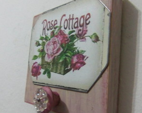perchero-estilo-antique-rosa-vintage