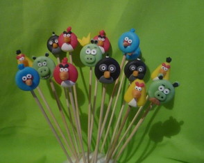 pinches-brochets-solos-pinches-brochets-candy-bar-cumpleanos-personalizados
