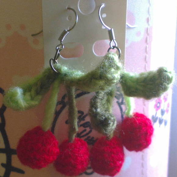 Aritos de Crochet - Cherry Cherry