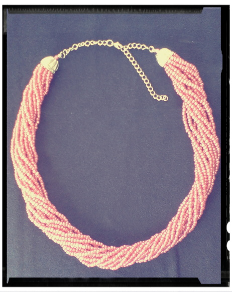 "Collar ""Multimost"" rosa"