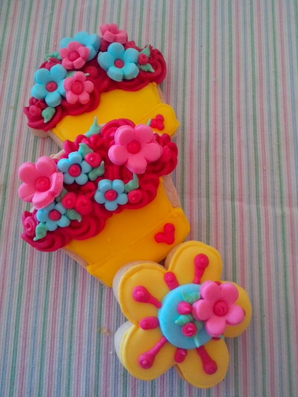 GALLETAS DECORADAS YCUPCAKES